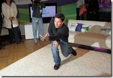 kinect-for-xbox-360-launch-times-square-with-boys-girls-club-america-and-special-guest-mark-wahlberg